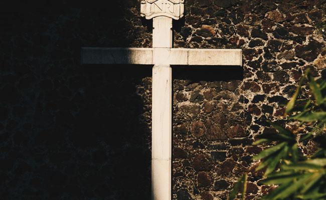 Zwrot kosztu pogrzebu z OC sprawcy wypadku komunikacyjnego